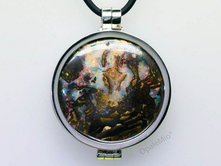 Medaglione opale