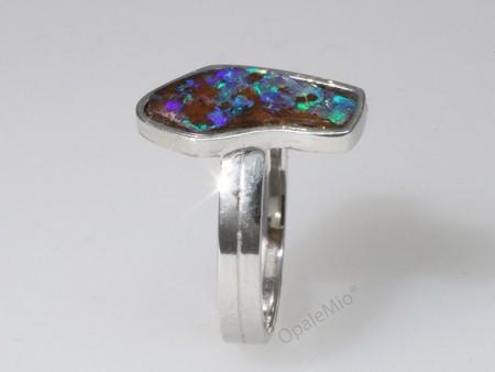 Anello opale